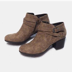 Indigo Rd Sigrid Ankle Boots